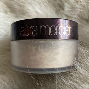 Laura Mercier Translucent Powder 1 oz